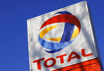 Total to buy 10% stake in Russian LNG project